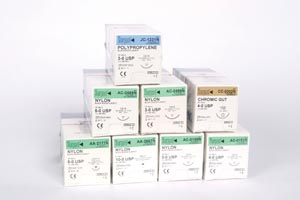 SURGICAL SPECIALTIES LOOK™ OFFICE & PLASTIC SURGERY SMALLSTITCH™ SUTURES : 386B BX               $48.18 Stocked