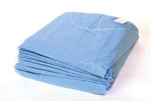 AMD MEDICOM ISOLATION GOWNS : 8023 CS