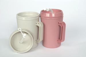 MEDEGEN INSULATED PITCHERS : H208-10 EA $3.55 Stocked